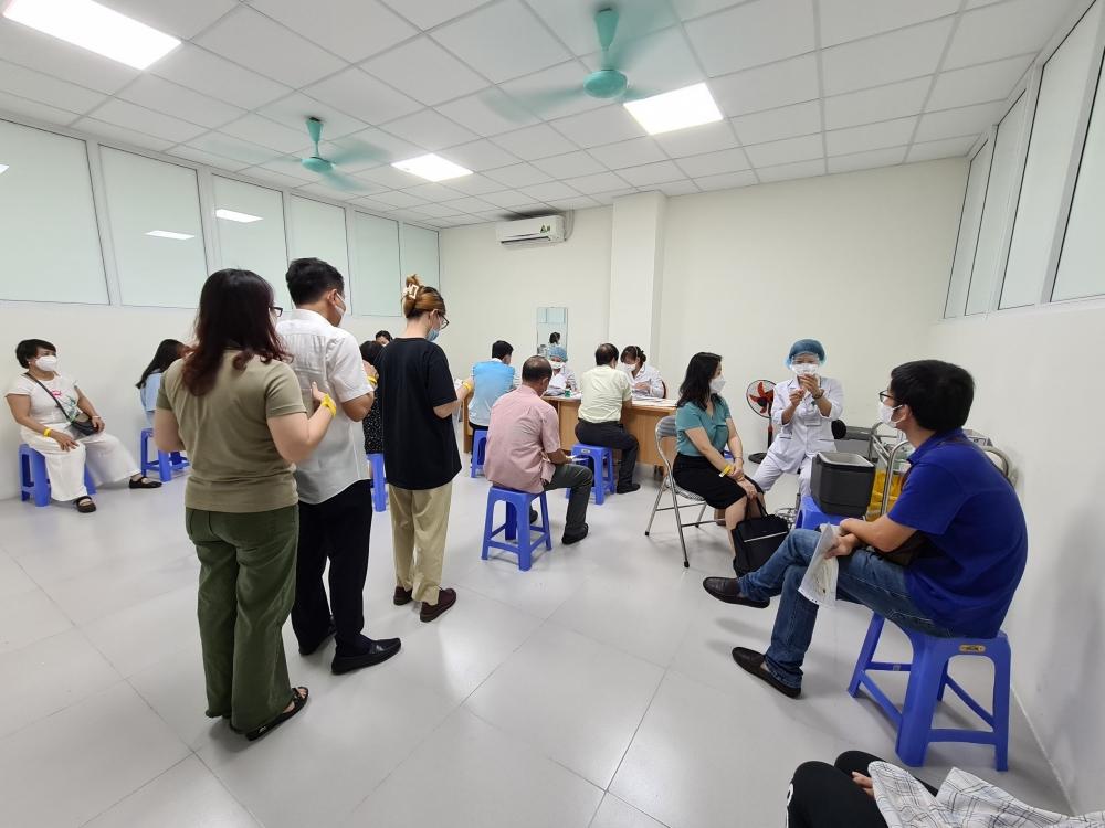 Người được tiêm chủng đánh giá cao công tác phòng dịch COVID-19 tại Bệnh viện