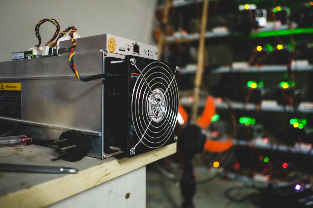 Khi giới chức Trung Quốc thực thi các chính sách quản lý thì bitcoin ngay lập tức mất giá
