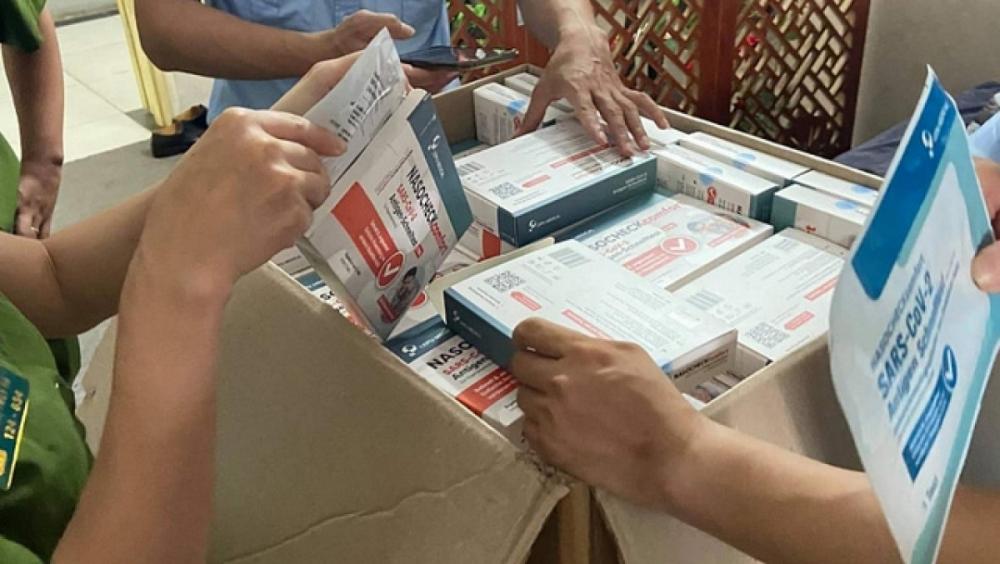 Những bộ kit test nhanh COVID-19 trôi nổi kém chất lượng vẫn đang được bán tràn lan trên môi trường internet