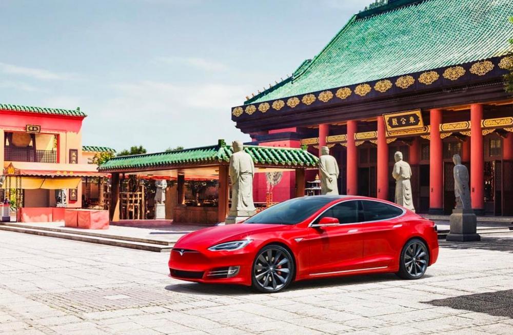 Các mẫu xe trên mới được Tesla giới thiệu tại Trung Quốc nhưng đã gặp phải các lỗi nguy hiểm khiến cho việc xâm nhập thị trường đông dân nhất thế giới ngày càng khó khăn