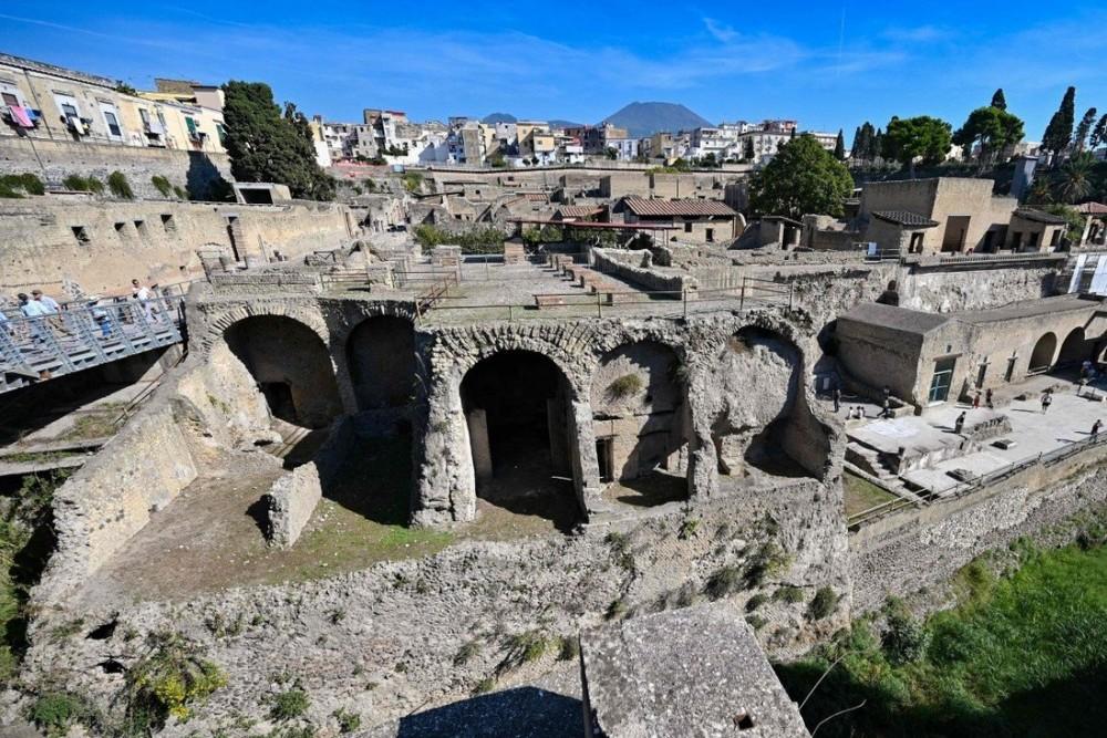Các nghiên cứu của các nhà khoa học cho thấy vi chất trong các bữa ăn của người La Mã cổ đại khu vực Địa Trung Hải cao hơn gấp 3 lần còn người ngày nay