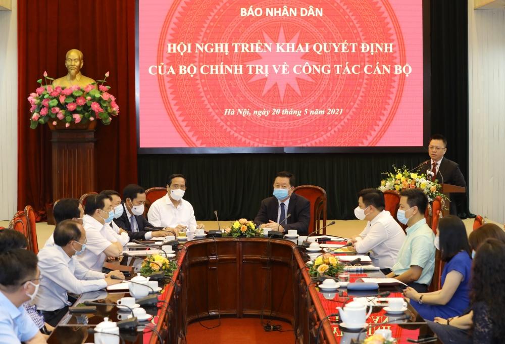 Toàn cảnh buổi lễ trao Quyết định của Bộ Chính trị bổ nhiệm tân Tổng Biên tập Báo Nhân dân