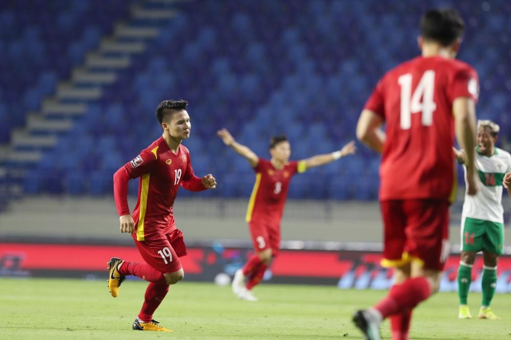 """Bàn thắng nhân """"đội cách biệt"""" của Quang Hải thể hiện đúng đẳng cấp của cầu thủ """"nhỏ con"""" này"""