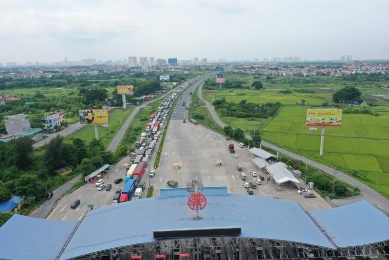 Áp lực giao thông tại của ngõ phía Nam của Hà Nội đang khiến cho lưu thông hàng hoá gặp khó