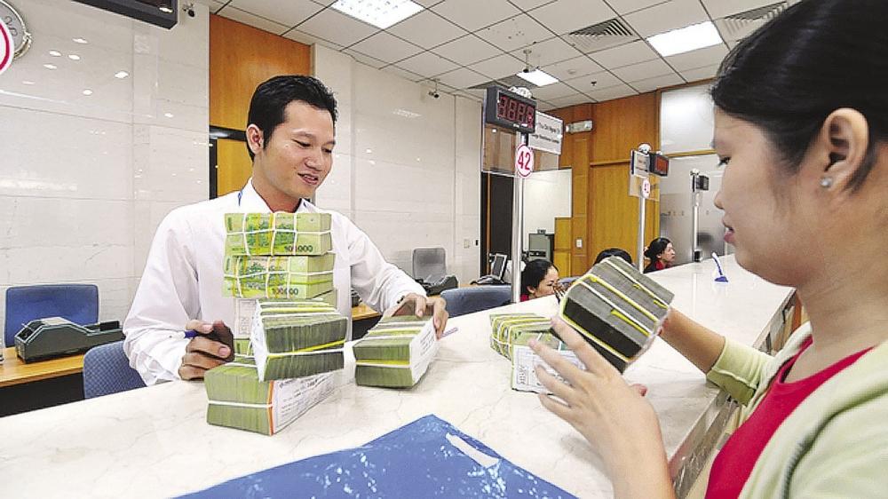 Lãi suất đang chiếm tỉ trọng lớn trong sản xuât ở nền kinh tế Việt Nam