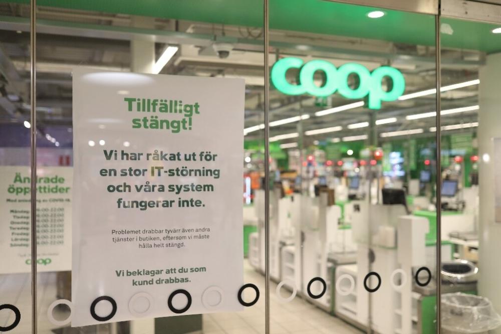 Cuộc tấn công mạng trên diện rộng đã khiến cho hệ thống 800 siêu thị bị ngưng chệ hoàn toàn