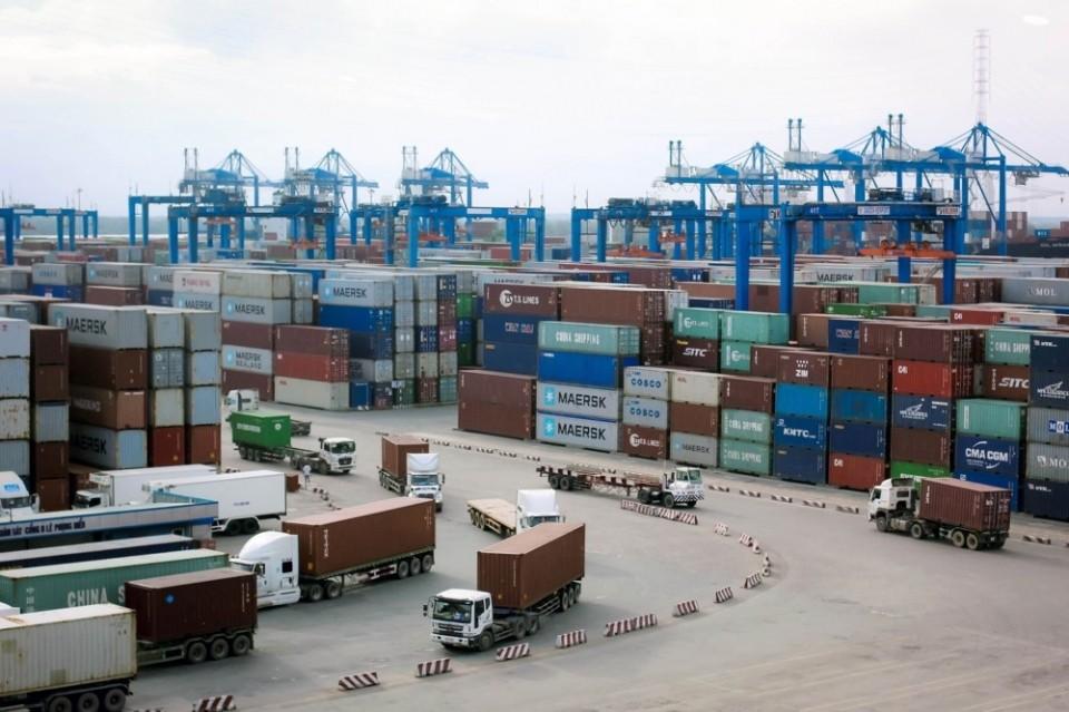 Các dịch vụ logistic bị ảnh hưởng nặng nề bởi dịch COVID-19 khiến chuỗi cung ứng hàng hoá bị đứt gãy