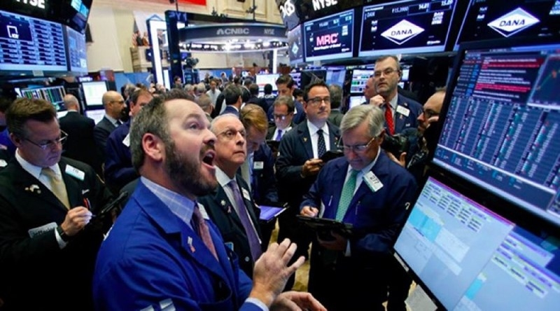 """Thị trường thế giới """"loạn nhịp"""" giao dịch"""