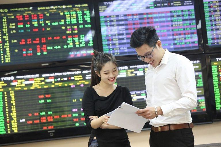 VN-Index dược dự báo sẽ tiếp tục duy trì mức đỉnh lịch sử mới được thiết lập trong tuần qua