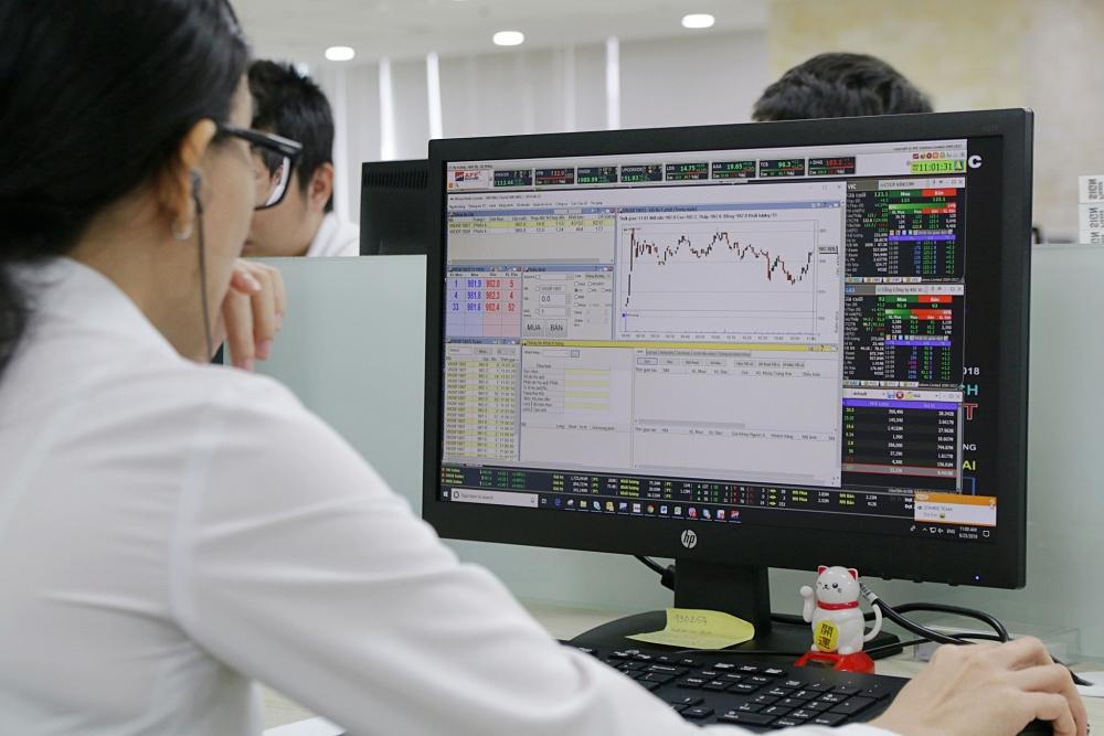 Dự báo chứng khoán tuần tới sẽ là xu thế tăng của VN-Index dù thị trường không ít thử thách
