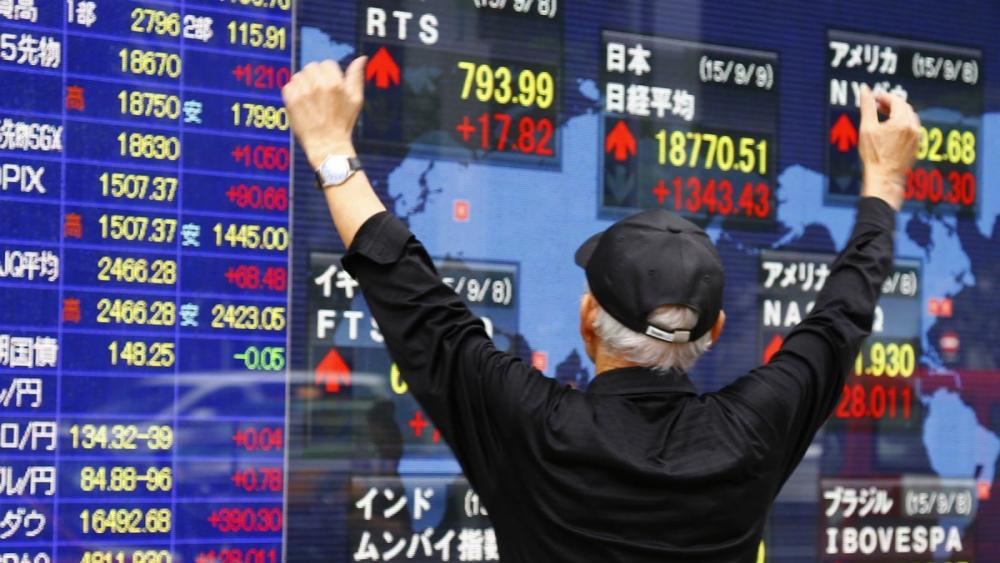 Thị trường thế giới cũng liên tiếp lập đỉnh