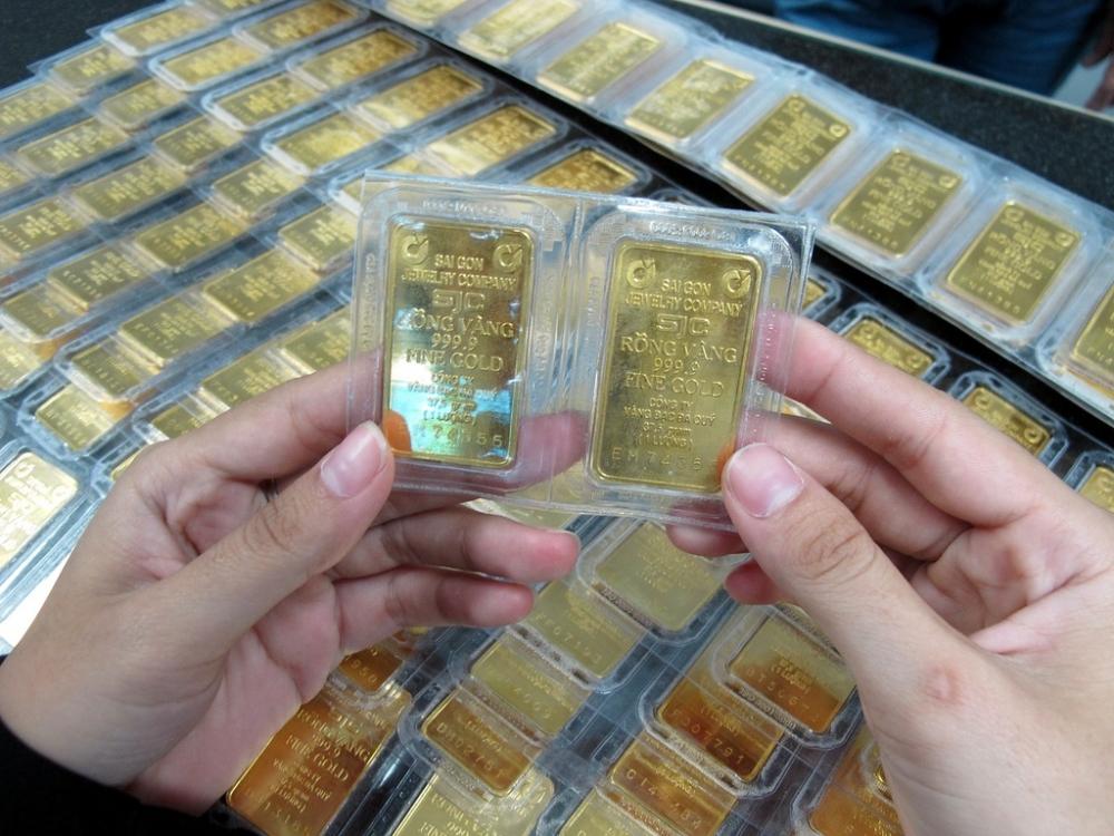 Dự báo giá vàng SJC trong nước ngày 22/7 bất ngờ giảm mạnh trước áp lực của đồng USD