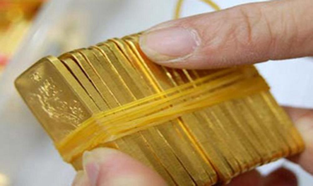"""Dự báo giá vàng SJC trong nước ngày 8/4 sẽ """"cắm đầu"""" đi xuống sau phiên """"loé sáng"""" hôm qua"""