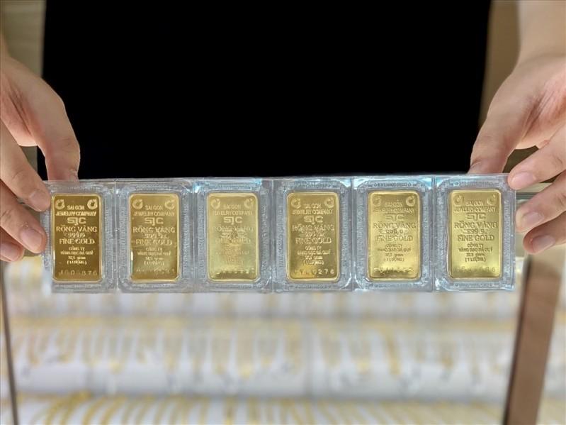 Dự báo giá vàng tuần tới sẽ vẫn là xu thế giảm mạnh do đã mất đi sức hấp dẫn cần thiết