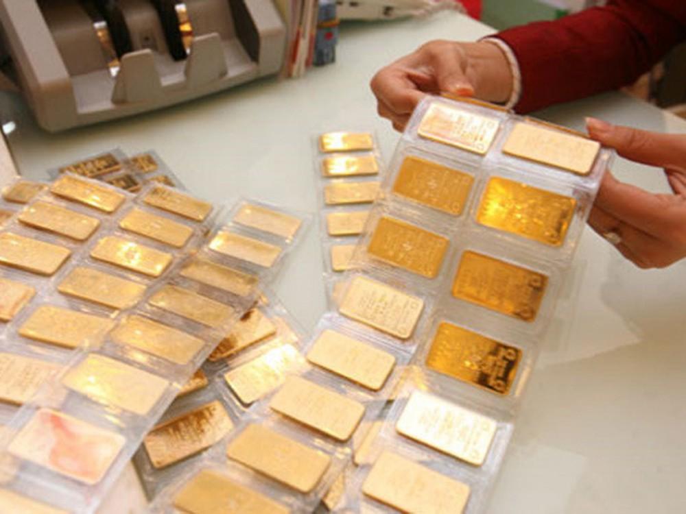 Giá vàng hôm nay 23/9: Đà giảm chưa dừng lại trước áp lực của đồng USD