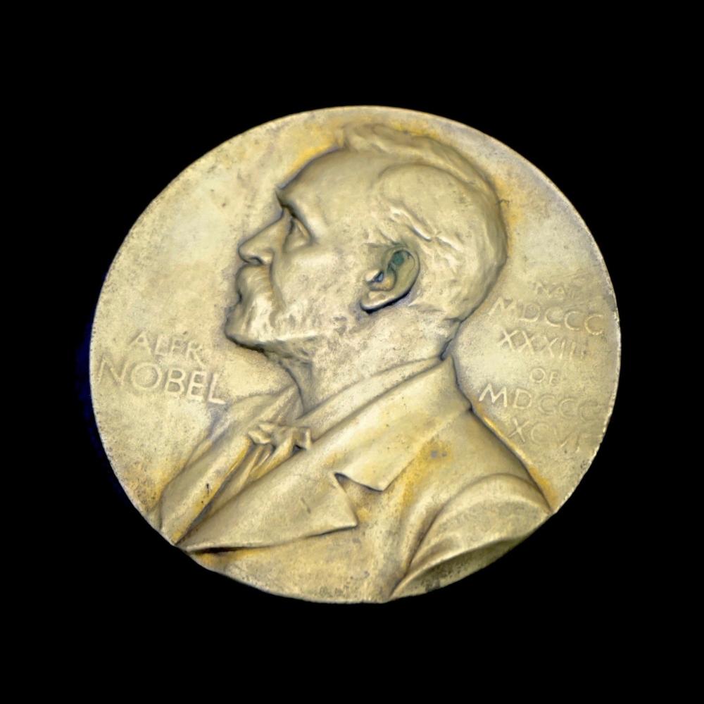 Cập nhật tình hình dịch COVID-19: Giải Nobel 2020 sẽ được trao tận tay người nhận giải thay vì cách tổ chức truyền thống