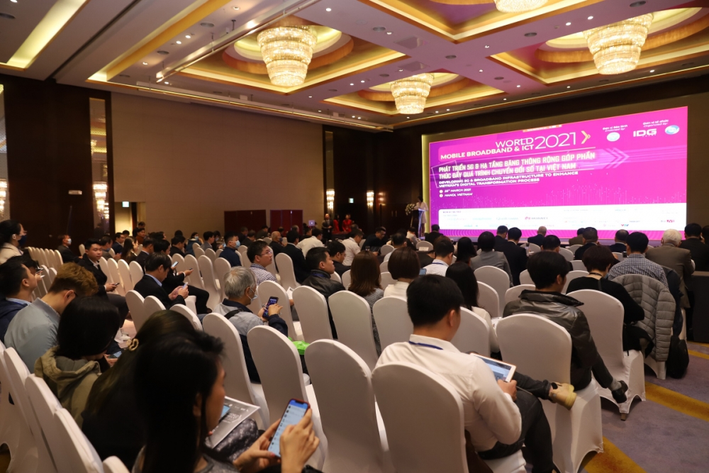 Toàn cảnh Hội thảo World Mobile Broadband & ICT 2021