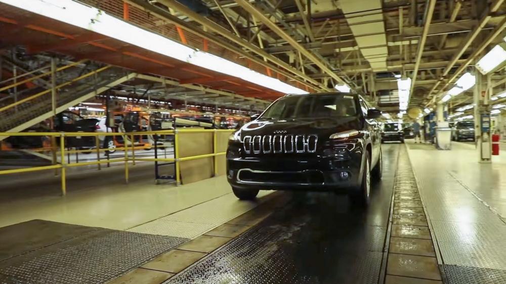 Kế hoạch giải cứu này được các ông lớn sản xuất ô tô Mỹ kỳ vọng sẽ không phải đóng cửa các nhà máy của ngành công nghiệp quan trọng của kinh tế xứ sở cờ hoa
