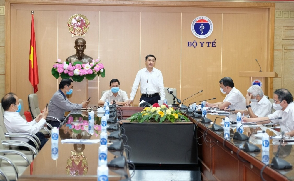 Thứ trưởng Trần Văn Thuấn mong muốn việc cấp phép sẽ được thực hiện trên cơ sở các đánh giá khoa học