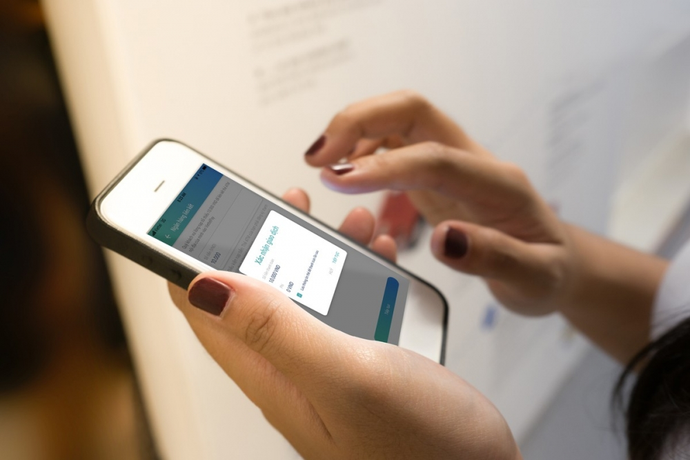 Mobile Money không sử dụng tài khoản ngân hàng nên mức phí sẽ có sự tính toán để phù hợp với người dân