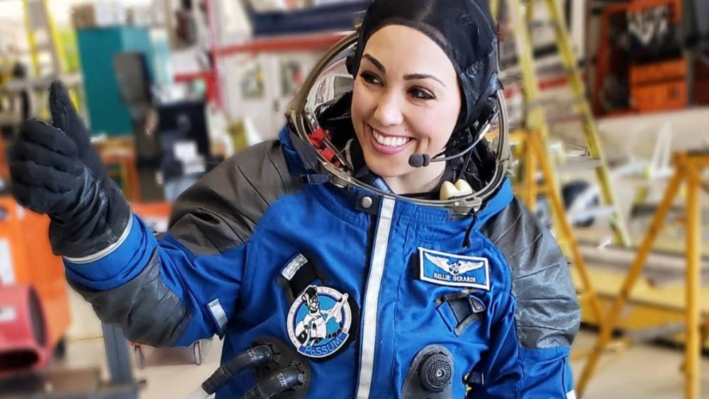 Nhà nghiên cứu kiêm ngôi sao TikTok Kellie Gerardi chuẩn bị cho hành trình đi vào không gian của mình