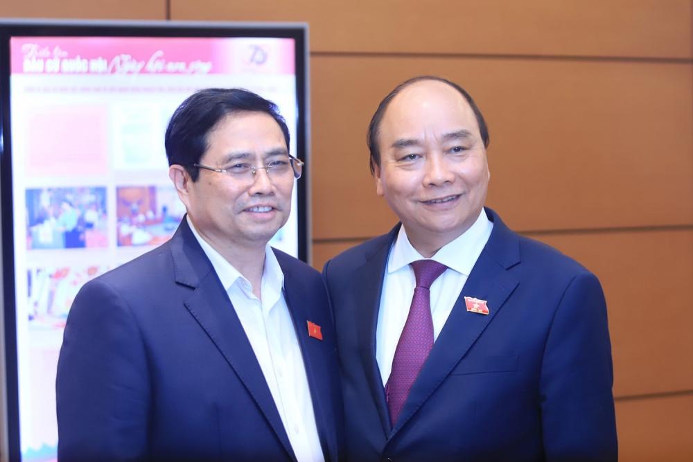Ông Phạm Minh Chính (ngoài cùng bên trái) được giới thiệu để Quốc hội bầu làm Thủ tướng Chính phủ