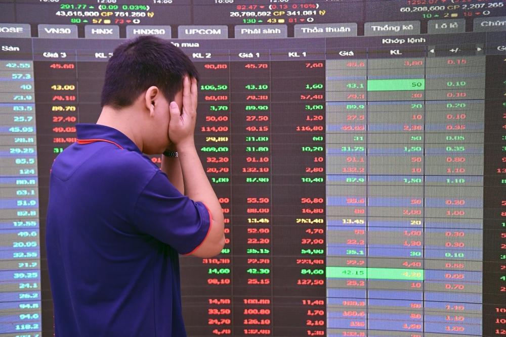 Những hình ảnh thất vọng của nhà đầu tư tại HOSE có thể sẽ không còn nếu áp dụng hệ thống khớp lệnh mới