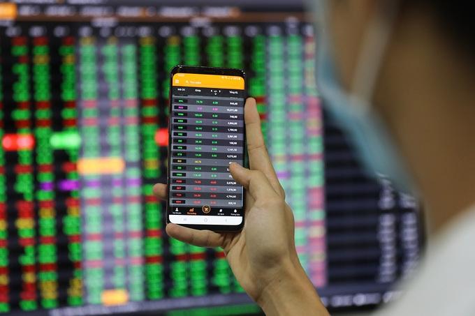 Cổ phiếu ngân hàng liên tiếp mất giá trong các phiên giao dịch kể từ đầu tháng 6