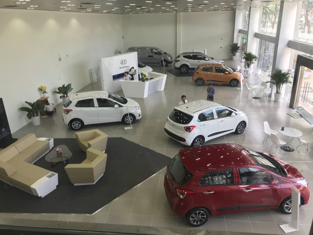 """Thị trường ô tô Việt Nam cần được """"hâm nóng"""" trở lại bằng các chương trình khuyến mại mới"""
