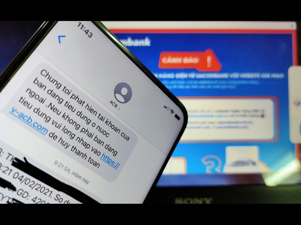 Phương thức nhắn tin của loại hình tội phạm này luôn khiến người dùng bất ngờ để phải đăng nhập tài khoản bằng đường dẫn mà chúng gửi kèm