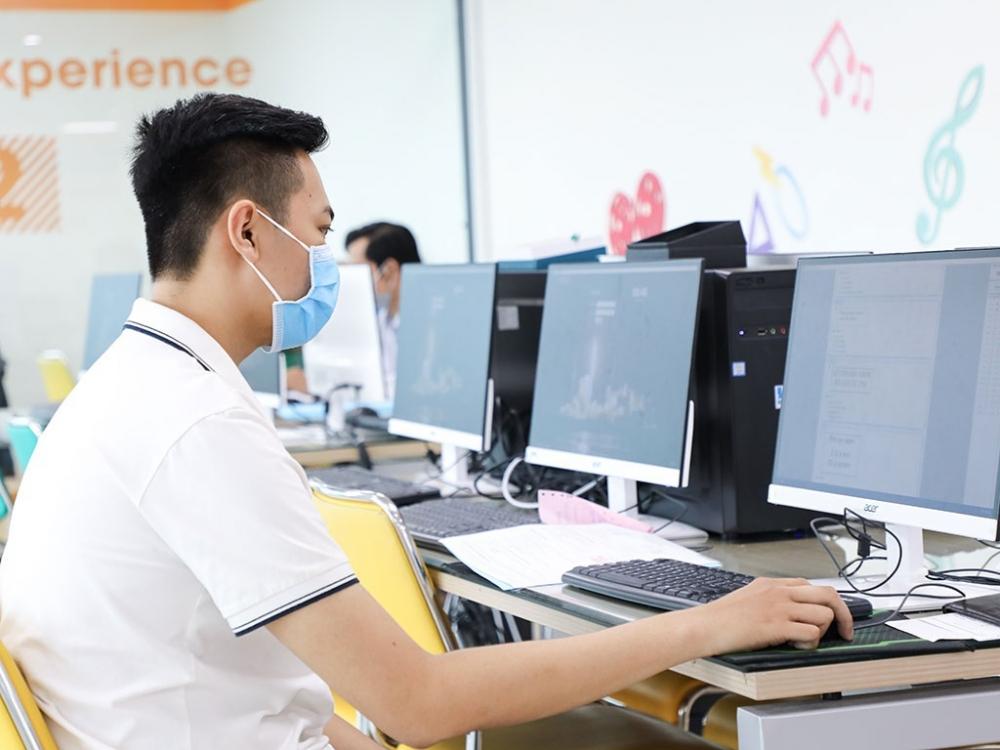 TP HCM tổ chức nhập học trực tuyến để phù hợp với yêu cầu của các giải pháp tăng cường phòng, chống dịch của chính quyền Thành phố