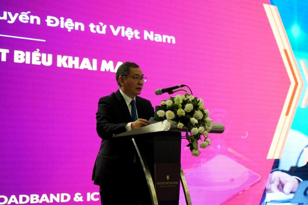 Chủ tịch Hội Vô tuyến - Điện tử Trần Đức Lại phát biểu khai mạc Hội thảo World Mobile Broadband & ICT 2021