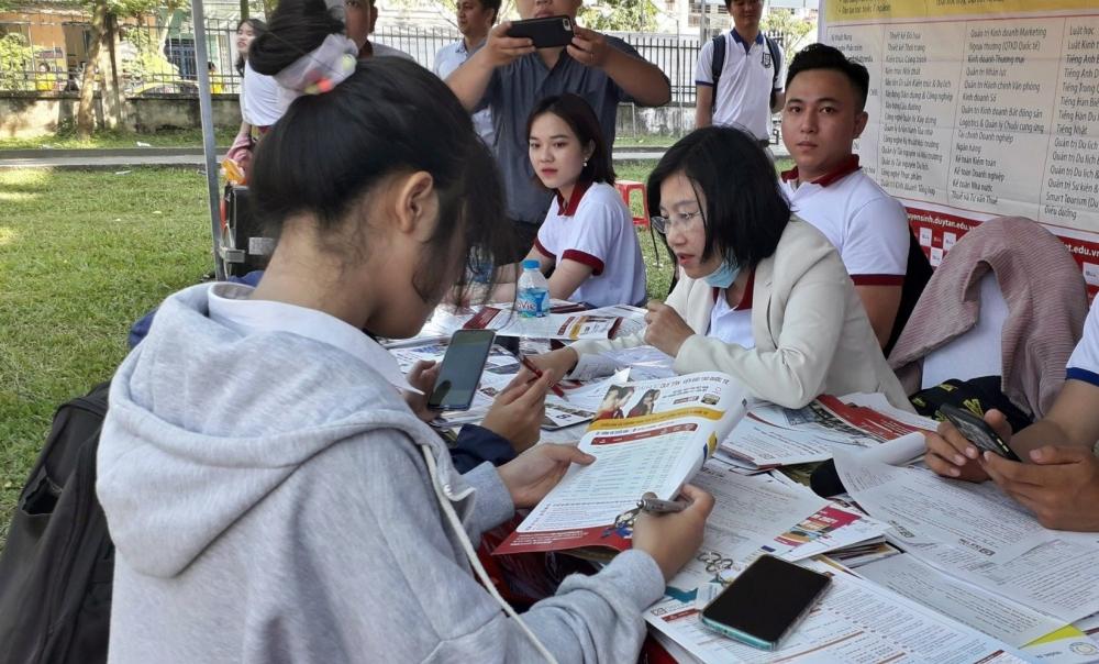 Các thí sinh cần sớm lựa chọn trường để nộp đăng ký nguyện vọng trước thời điểm được Bộ GD&ĐT quy định