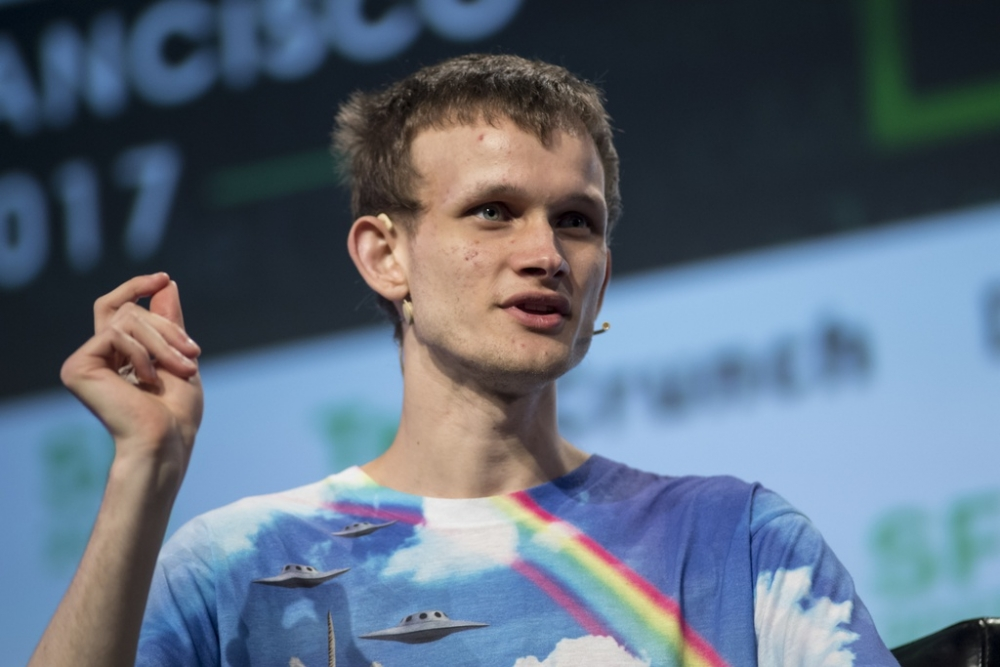 Tỉ phú, cha đẻ của đồng Ethereum Vitalik Buterin trả lời phỏng vấn Bloomberg