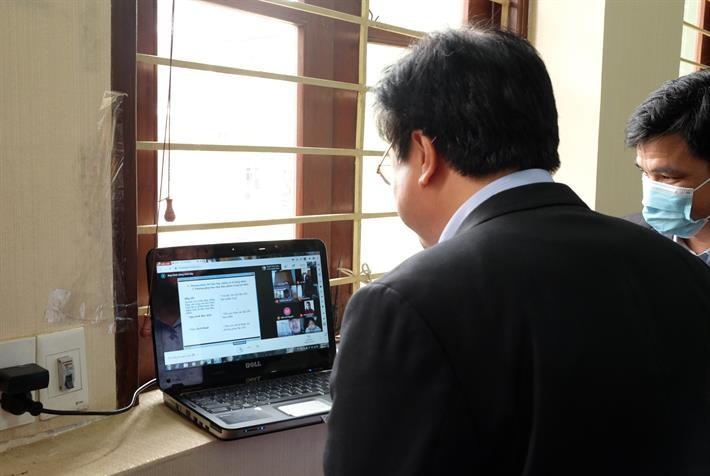 Việc dạy và học trực tuyến đang được xem là giải pháp tối ưu trước diễn biến dịch hiện nay