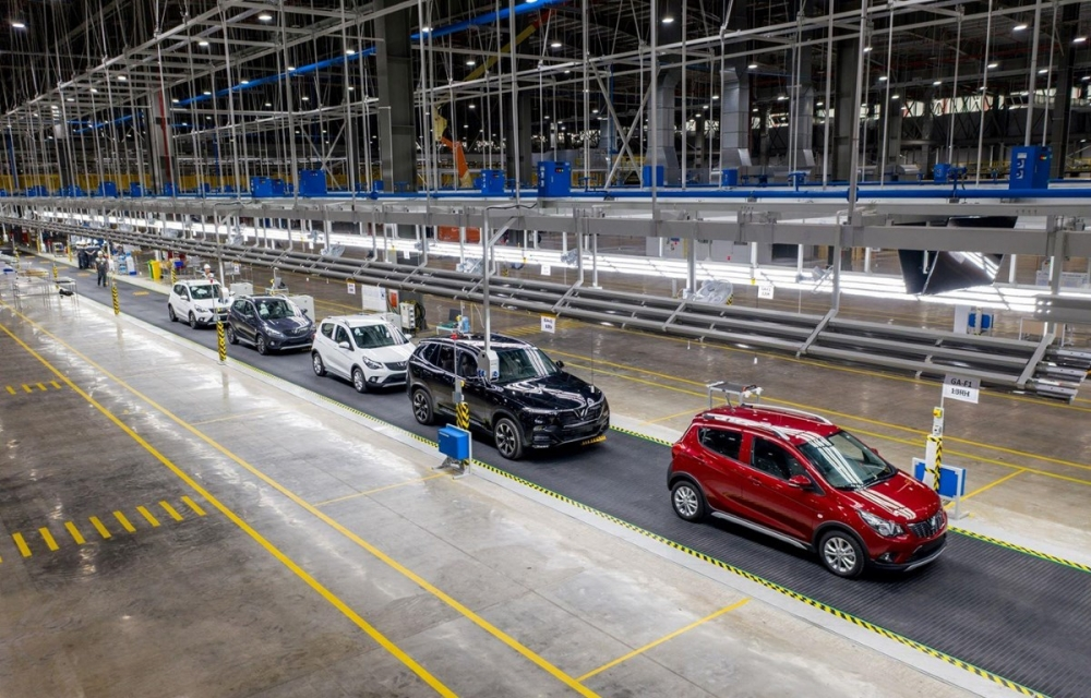 Xe sản xuất trong nước khó để cạnh tranh khi giá bán cao hơn xe nhập khẩu