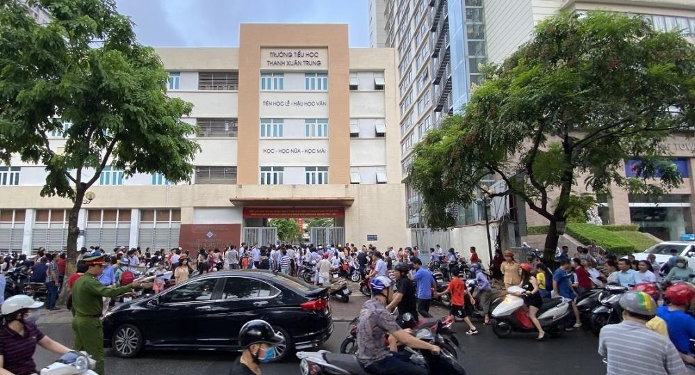 Không khí tuyển sinh trường THCS Thanh Xuân