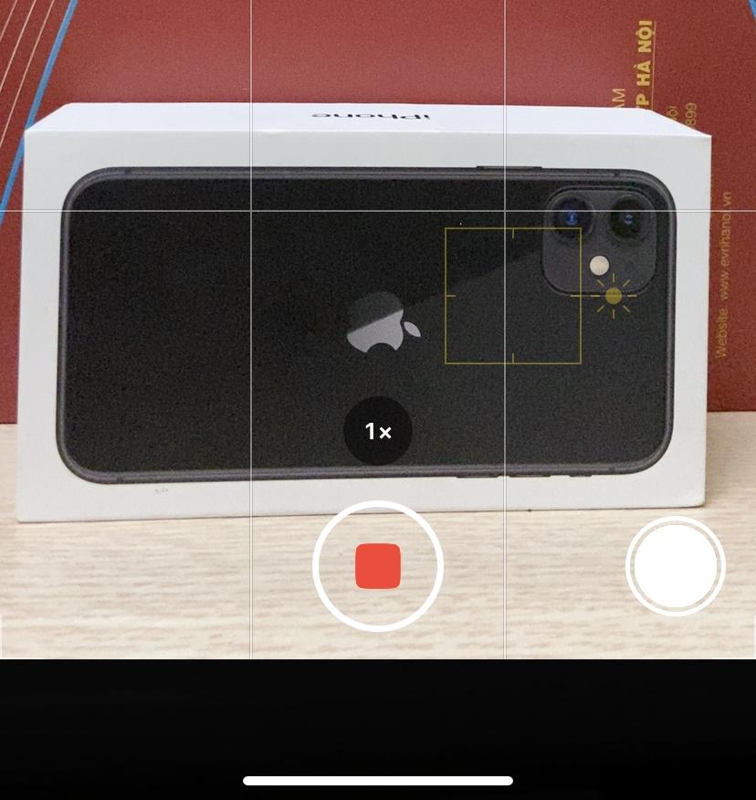 Cách quay video nhanh trong Camera iPhone 11